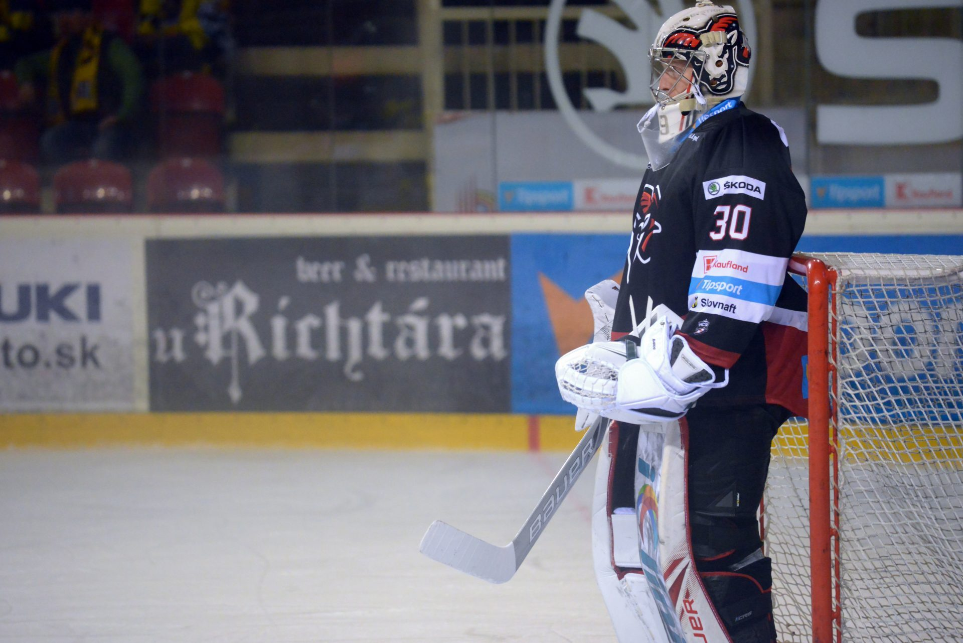 Ide do tuhého – hokejové play off aj s trojlístkom Rebuy Stars