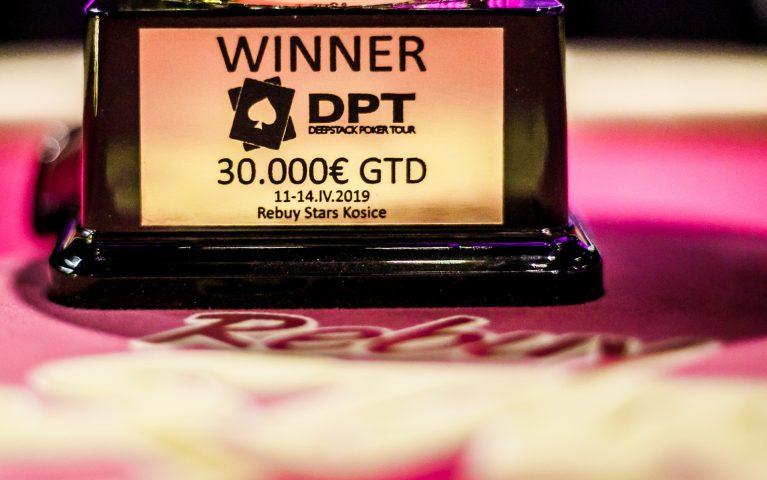 Siedme vydanie DPT Košice bojuje s nedostatkom hráčov. Vo finále o 30.000€ aktuálne len 19 hráčov!