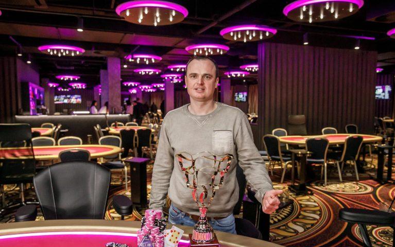 Veľkolepý Big Opener ovládol Tóth. Pokoril stovky hráčov a vyhral viac ako 12-tisíc!